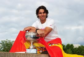 rafa with trophy