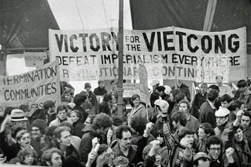 """""""March Against Death"""" - November 1969 """"Two, four, six, eight - now it's time to smash the state!"""" (Photo: DC Public Library Washington Star Collection)"""