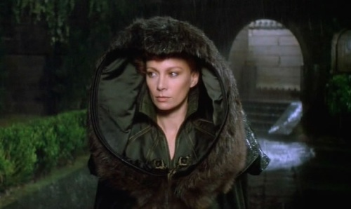 Gorgeous Francesca Annis as Lady Jessica.