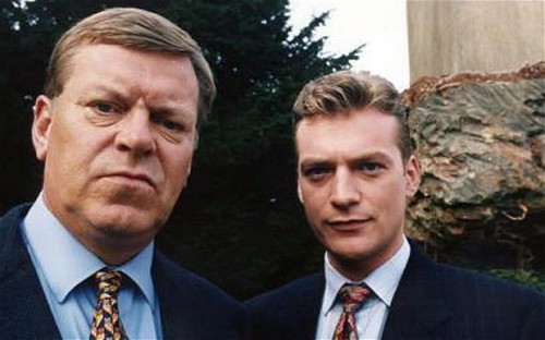Warren Clarke and Colin Buchanan as Dalziel and Pascoe in the BBC adaptation.