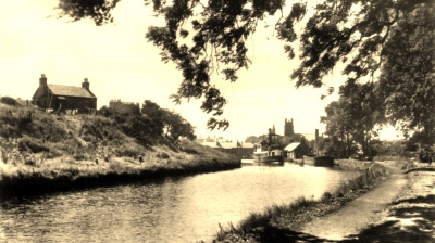 Forth and Clyde Canal at Kirkintilloch (the official Canal Capital of Scotland!)