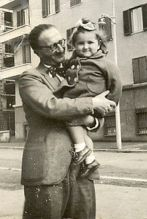 Augusto De Angelis with his niece