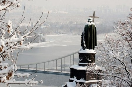 St Vladimir watching over the city...